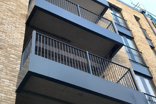 Buckingham 3-Sided Aluminium Balcony